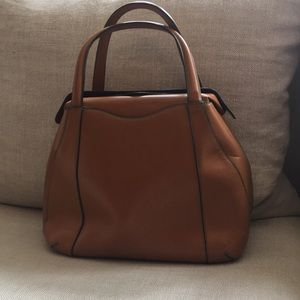 Guaranteed Authentic! Valextra leather bag.